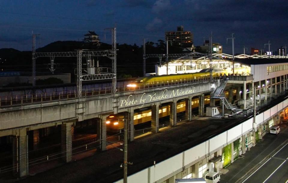 【幸せの黄色い新幹線】  8月 夜のドクターイエロー 福山駅に到着 広島県福山市