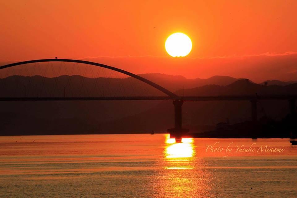 【内海夕景】 夕日に染まる内海大橋、そこに広がる景色とは?? 広島県福山市沼隈 【夕焼けスポット】
