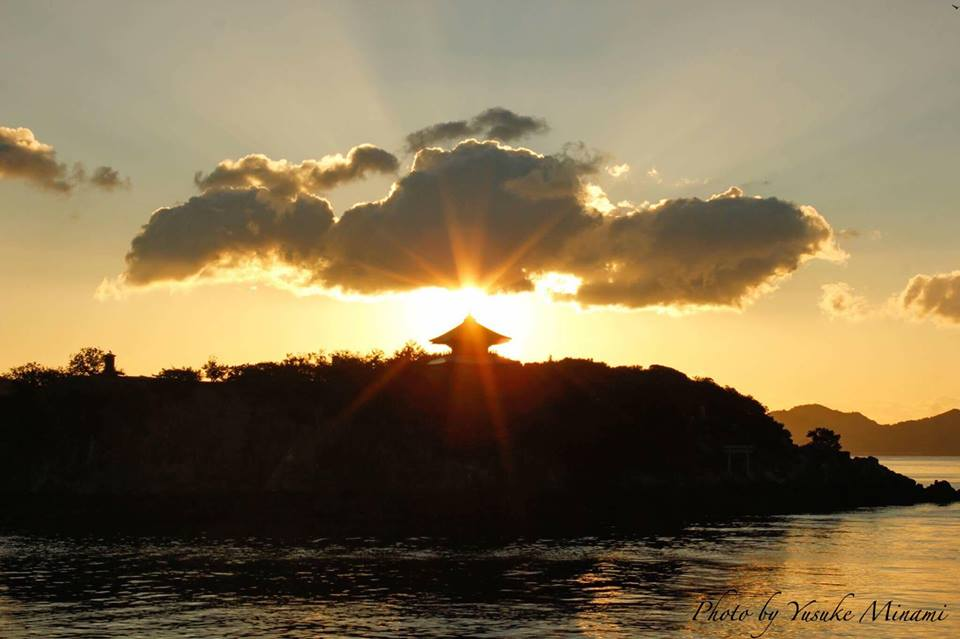 【おススメスポット】 鞆の浦景色、弁天島からの朝日/広島県福山市